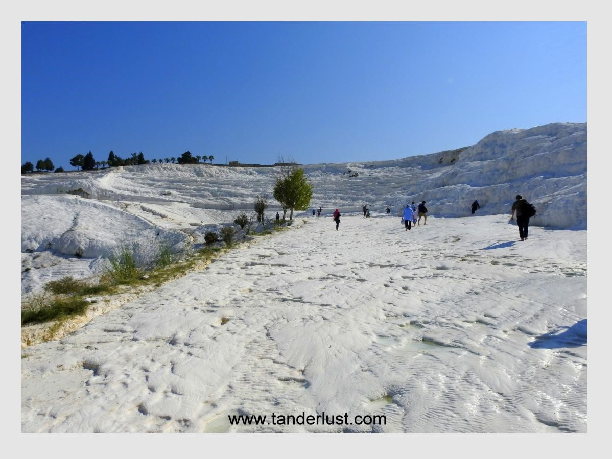 Visiting the cotton castle in Pamukkale