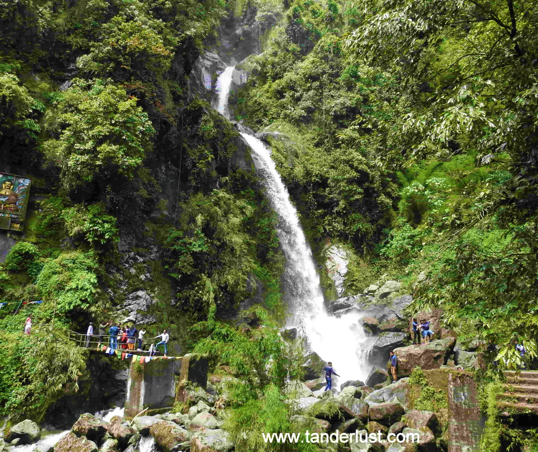 Making a quick halt at the Seven sister falls Gangtok!