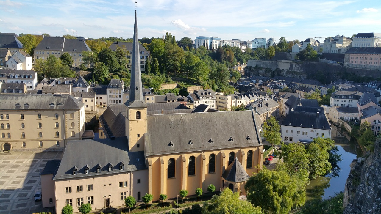 Luxembourg travel guide: Experiencing this little European country!