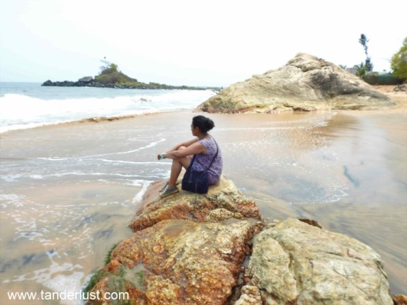 half moon beach gokarna